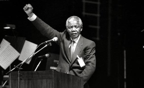 Nelson Mandela - Tomado de Dagens Nyheter de Suecia